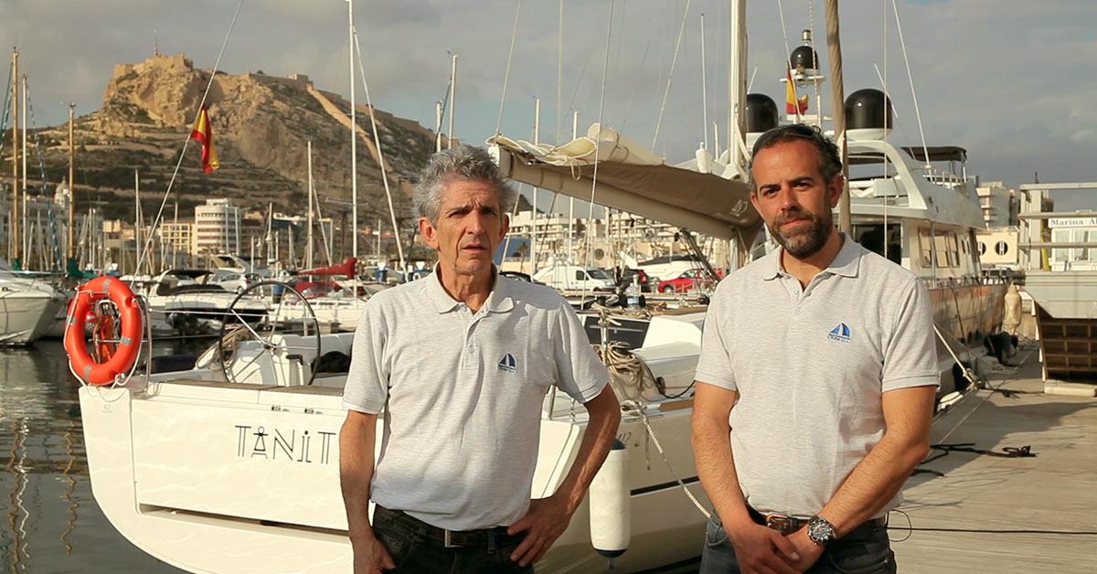 Lorenzo López y Alberto Contreras en la Marina de Alicante.