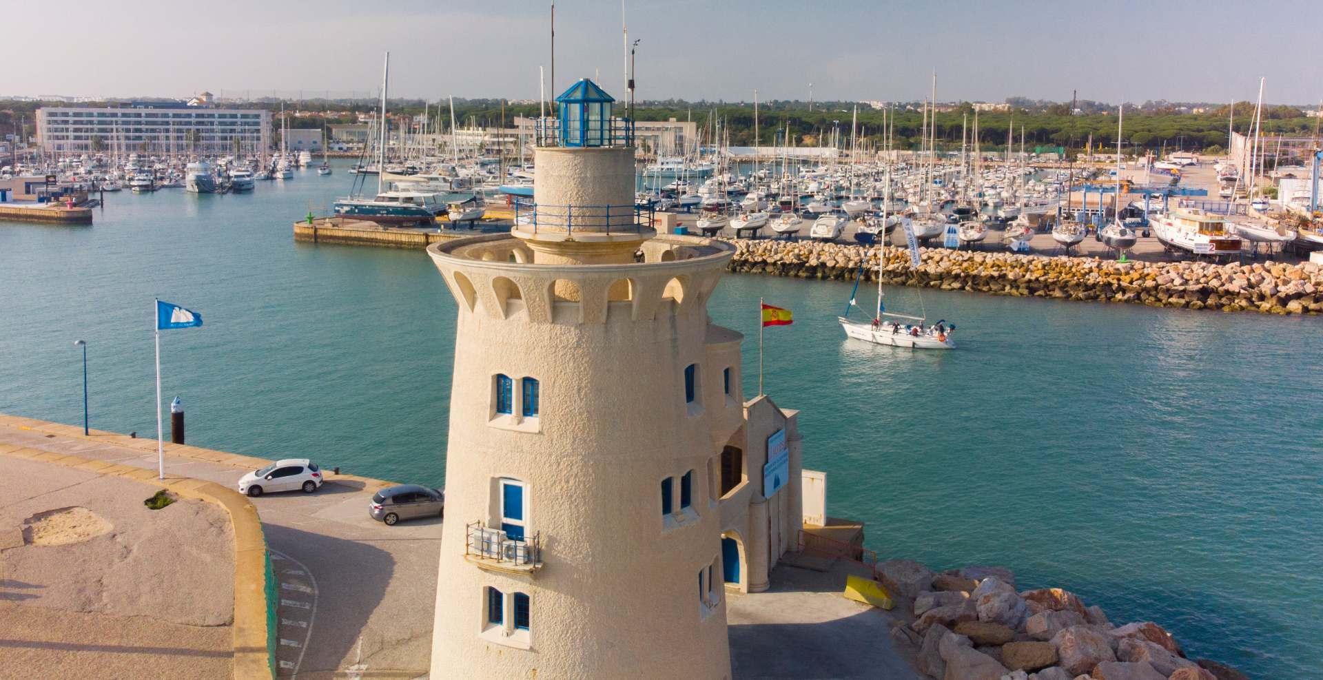 Reserva tu charter en Cádiz